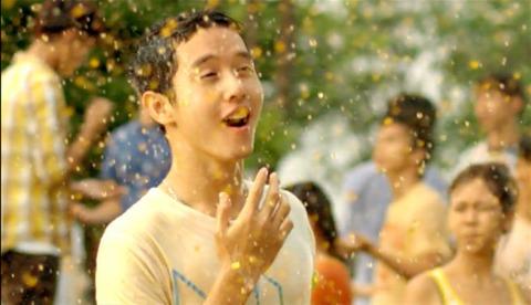 Teen và 'Đại chiến' bong bóng nước