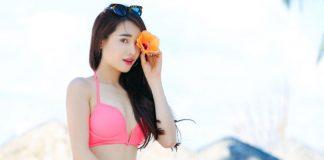 Nhã Phương mặc bikini gợi cảm