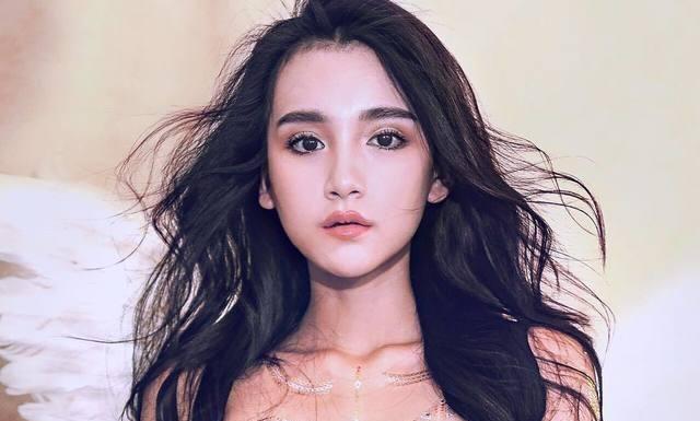 Top hotgirl Trung Quốc khiến cánh đàn ông FA phải chao đảo